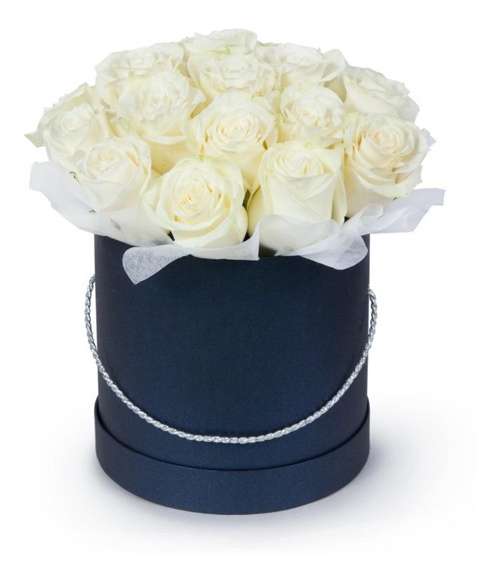 Rožės mėlynoje dežutėje