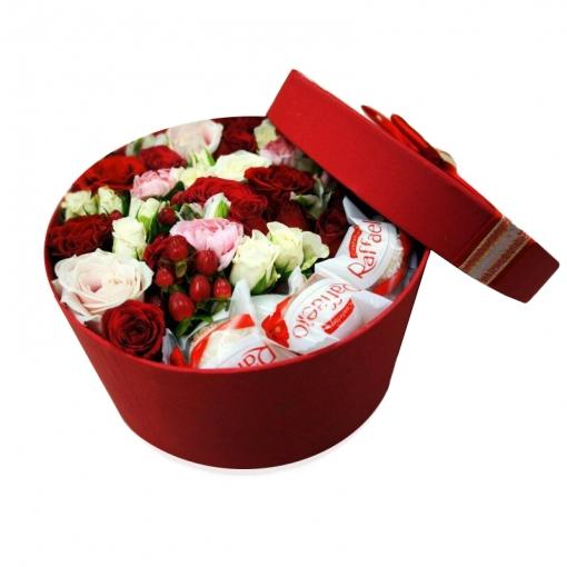 Gėlių dėžutė saldus bučinys 1
