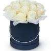 Розы в синей коробке